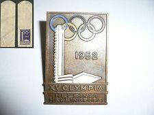 1952 OLYMPIC GAMES HELSINKI FINLAND Official BRONZE Olympic NOC BADGE &Paper Bag