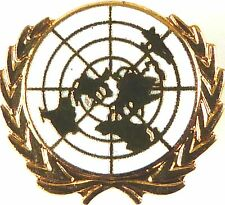 UN UNITED NATIONS WHITE VERSION HAND MADE PLATED IN UK LAPEL PIN BADGE