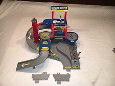 1997 Hot Wheels World Service Center Auto Repair Garage Set w/ Elevator