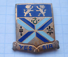201st FIELD ARTILLERY / YES SIR / US ARMY CREST ... Pin (114d)