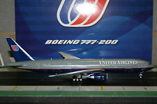 JC Wings 1:200 United Airlines Boeing 777-200 N777UA (XX2958)