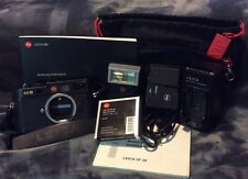 Leica M8 Body, UV/IR Filter, Sf20 Flash,manual,extra battery,case Excellent