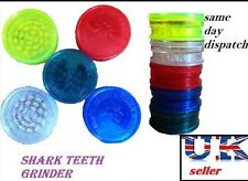 NO1 Shark Teeth 3 Part 60mm MAGNETIC GRASSLEAF Herb Spice Grinder Plastic Duster
