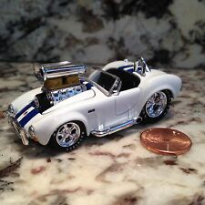 MUSCLE MACHINES 64 SHELBY COBRA DIE CAST CAR 1/64 SCALE 1964 WHITE BLUE STRIPES