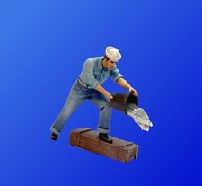 U-Models UM103 1/35 US Navy Sailor with a Bucket