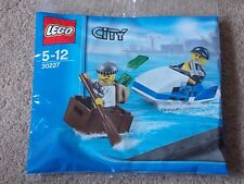 LEGO - CITY ( SET 30227 - POLICE JETSKI & CROOK ESCAPE ) BRAND NEW
