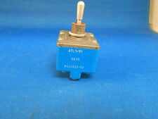 MS24525-32  /4TL1-51  TOGGLE SWITCH 115VAC/28VDC NEW OLD/USED?