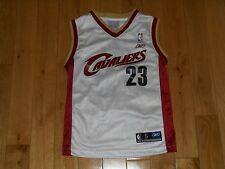Reebok LEBRON JAMES White CLEVELAND CAVALIERS Youth NBA Team Replica JERSEY Sm 8