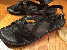 BORN Womens Brown Leather Strappy Sandal shoes size 9 US | 40.5 EU