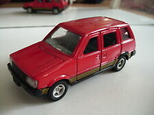 Tomica Dandy Nissan Prairie in Red on 1:43