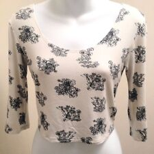 Pins Needles S Top Ivory Black Floral Cats Cropped Scoop Neck Urban Outfitters