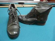 "STEVE MADDEN ""STINNGER"" DARK GREEN LEATHER BOOTS SHOES SIZE 8"
