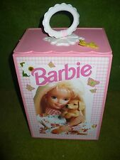 barbie : armoire, penderie transportable