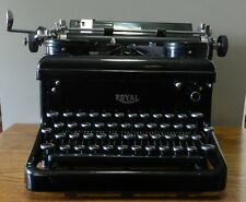 1936 Royal KHM Typewriter serial number KHM-1889054 - Working condition