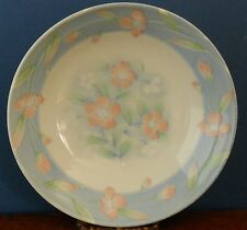 . A Japanese porcelain bowl with pink flowers