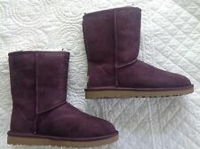 NEW women's Ugg classic short boots, port wine, size 8