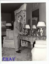 Alan Ladd candid at home RARE Photo