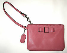 Coach NWOT Darcy Bow Wristlet Strawberry Silver F51672 Crossgrain Leather