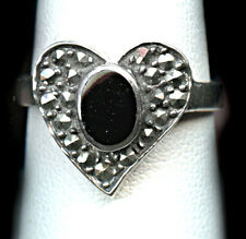 Sterling Silver Onyx and Marcasite HEART RING   Size 7.75 5 gr  T2 #94