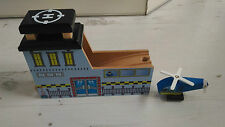 Excellent condition wooden helicopter pad tunnel thomas