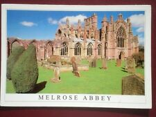POSTCARD ROXBURGHSHIRE MELROSE ABBEY - THE BORDERS