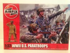 Airfix A02711 WWII U.S. Paratroops 1:32 Scale New 14 Unpainted Pieces OFFER