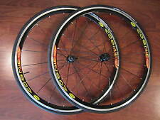 MAVIC COSMIC ELITE 700C CLINCHER  WHEELS SET 8-11 SPEED HUTCHINSON CARBON TIRE