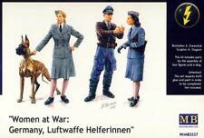 MB MasterBox Woman at war Germany Luftwaffe Helferinnen Hund 1:35 Modell-Bausatz