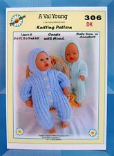 DOLLS KNITTING PATTERN for Annabell & Baby Born No 306 by Val Young 2 sizes