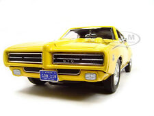 1969 PONTIAC GTO JUDGE YELLOW 1/18 DIECAST MODEL CAR BY MOTORMAX 73133