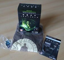 The Aliens - Isolation Preorder Pack T SHIRT KEYCHAIN