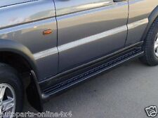 LAND ROVER DISCOVERY 2 TD5 - SIDE STEPS WITH RUBBER TREAD UK MADE - ACD4