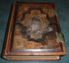 Finnish 1897 Holy Bible Biblia Leather Bound With Metal Clasps GUSTAVE DORE
