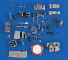 Verlinden 1/35 Volkswagen Kubelwagen Stowage and Accessories Set WWII 2114