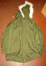 UNISSUED G.I. MOD M-65 FISHTAIL PARKA W/ LINER & HOOD (LARGE)-UNUSED