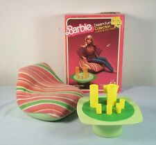 Vtg Barbie Dream Furniture Green Chair & End Table 1977-1978 Mattel 2468 / 2477