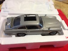 DANBURY ASTON MARTIN DB5 007 JAMES BOND 1/24 SCALE  MINT CONDITION