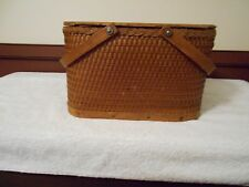 VINTAGE PIE OR PICNIC BASKET  MADE BY RED MAN BASKETS MADE IN U.S.A.