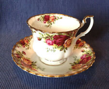 Royal Albert Pedestal Tea Cup And Saucer- Old Country Roses - Bone China England
