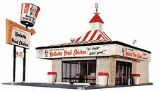 "Walthers-Kentucky Fried Chicken(R) Drive-In -- Kit - 8-3/8 x 4-1/4""  21.3 x 10.8"