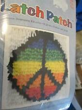 J & P Coats Latch Patch Peace Sign Hooking Kit-6x6 Inches/15.24x15.24 cm