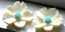 #783 Vintage Flower Cabochons Resin 26mm Shabby Floral Cabs Flowers Shabby