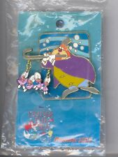 DCL Disney Cruise Line Alice in Wonderland Walrus w/ Baby Oysters LE Pin SEALED