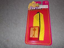 """(1980, Mattel) BARBIE """"Best Buy Fashions"""" YELLOW GOWN/BLACK TRIM OUTFIT #1471"""