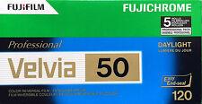 Fujifilm Velvia 50 120   DIAFILME  5 Filme  expiry date  02/2017 SONDERPREIS!!!