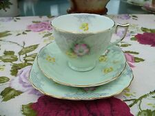 Lovely Vintage English China Trio Tea Cup Wellington Pastel Green Floral 7993
