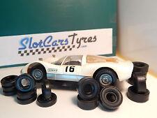 8+8 pneus pour Carrera Universal 132 années 70