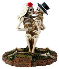 LOVE NEVER DIES GROOM & BRIDE SKELETON HALLOWEEN WEDDING CAKE TOPPER.BIZARRE7725