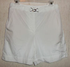 "NWT WOMENS LIZ CLAIBORNE LIZSPORT ""PICNIC IN THE PARK"" WHITE SHORTS   SIZE 8"