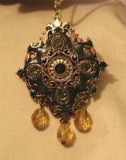 Lovely Emerald Green Enameled Crested Rhombus Dangles Goldtone Pendant Necklace